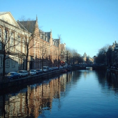 W32 Sunny canal