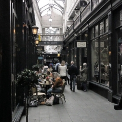 Cardiff Arcades P1020654