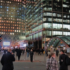 Evening-Canary-Wharf-2521-small