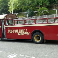 2-Vintage-Bus-P1010597