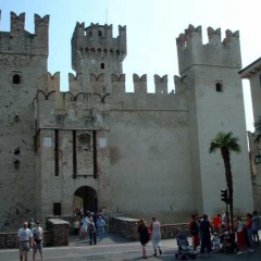 S-016_Sirmione_Castle