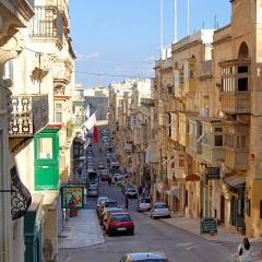 Valetta-street-1000w-0041